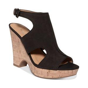 NWB Franco Sarto Glamour Platform Wedge Sandals 9